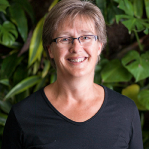 Photo of Lenore Fahrig