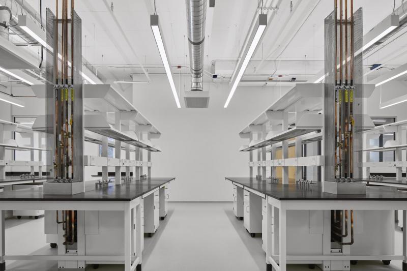 Carleton University Health Sciences Building lab
