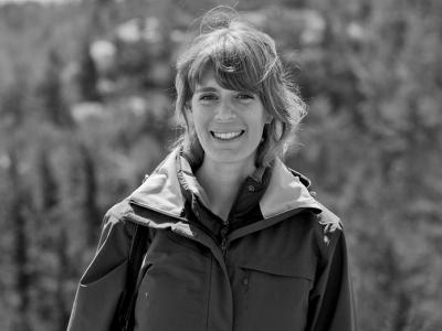 Photo for the news post: Biology's Roslyn Dakin Wins George A. Bartholomew Award