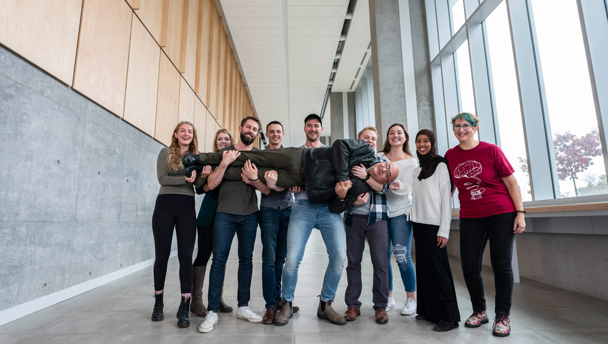 The Society for Neuroscience Ottawa Chapter, comprised mostly of Carleton University volunteers, won the Society for Neuroscience's 2018 Chapter of the Year (COY) Award